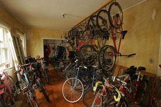 車を持っていない人には、自転車置き場の利用料が割引になる